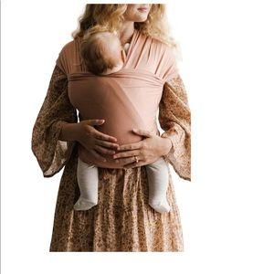 NWOTB Solly Baby wrap in peachy keen